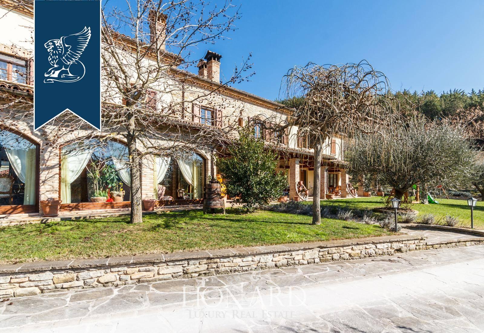 Villa in Vendita a Sant'Angelo In Vado: 0 locali, 738 mq - Foto 2