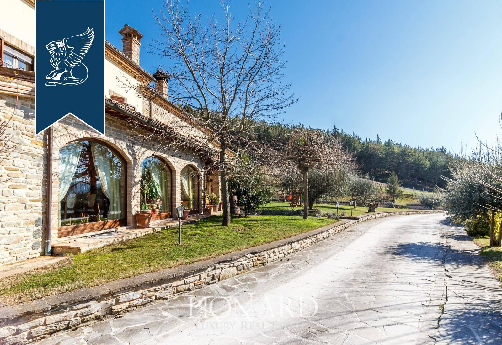 Villa in Vendita a Sant'Angelo In Vado: 0 locali, 738 mq - Foto 3