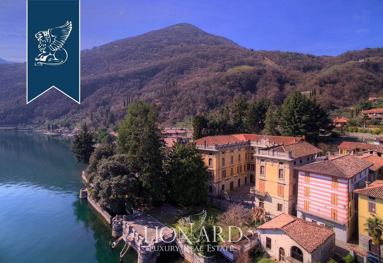 Villa in Vendita a Riva Di Solto: 3000 mq