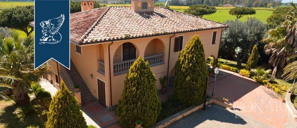 Villa in Vendita a Tarquinia: 0 locali, 1300 mq - Foto 1