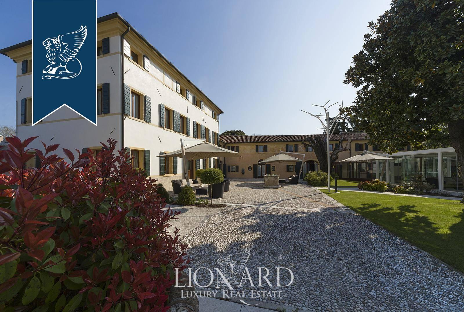 Villa in Vendita a Ponzano Veneto