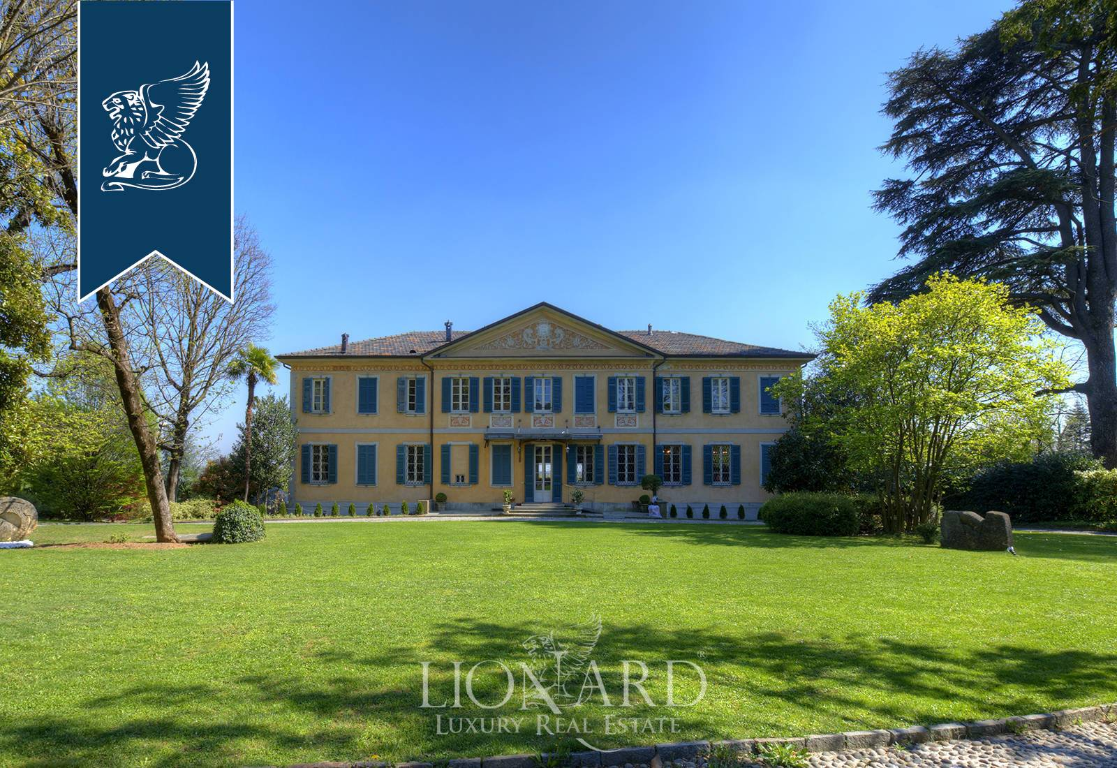 Villa in Vendita a Cassano Magnago