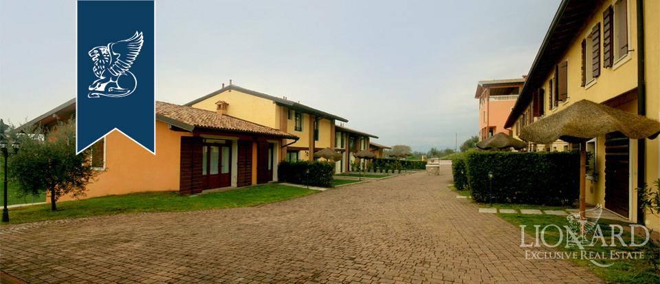 Villa in Vendita a Peschiera Del Garda: 0 locali, 5760 mq - Foto 3