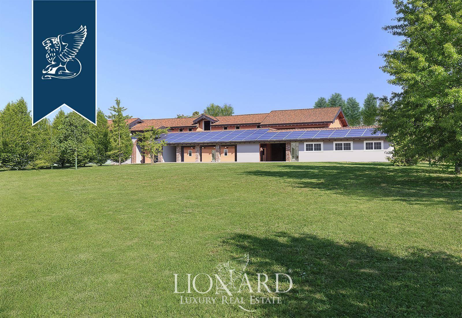Villa in Vendita a Agrate Conturbia: 0 locali, 2100 mq - Foto 2