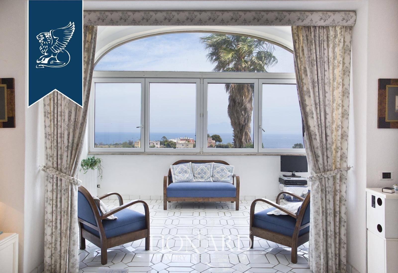 Appartamento in Vendita a Capri: 200 mq